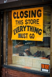 Closing store sign