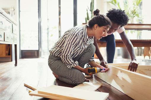 couple working on home improvements